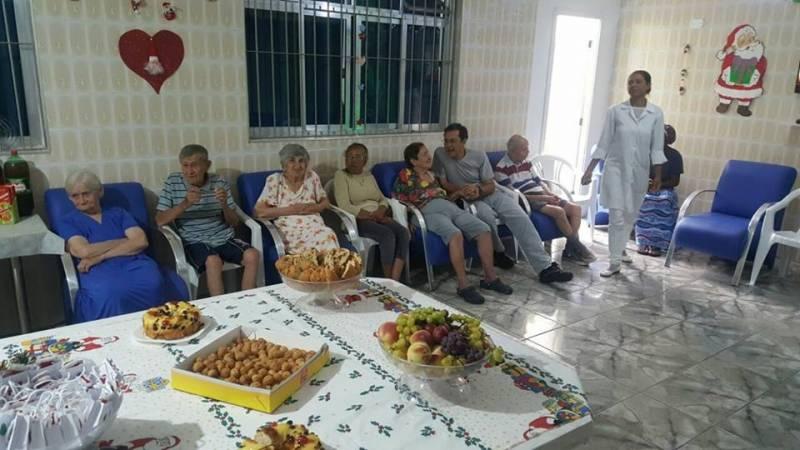 Lar para Idosos com Médicos na Vila Esperança - Lar de Idoso